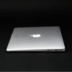 新型MacBook Air 13インチ